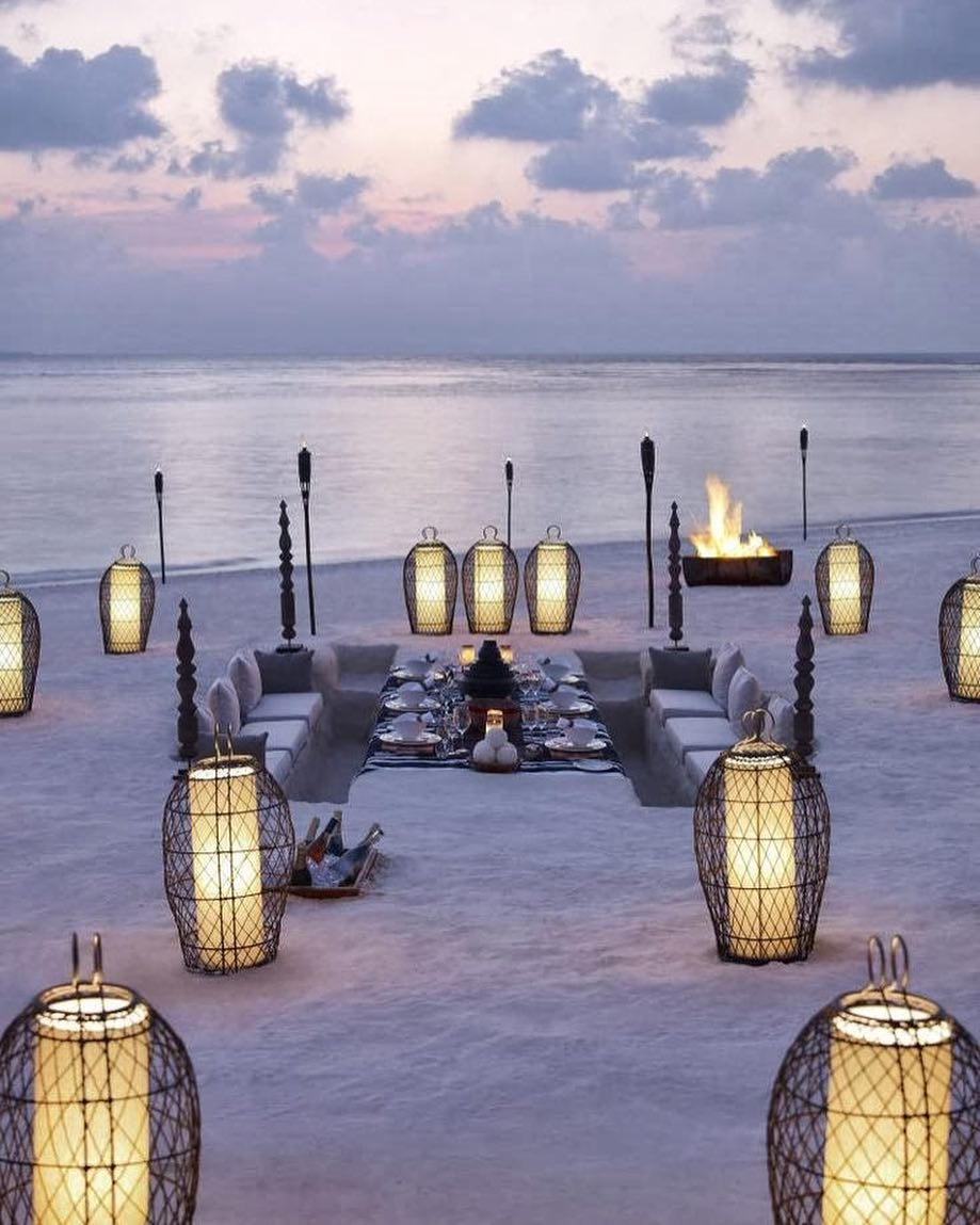 beautiful lantern for beach wedding