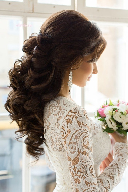 beautiful long curly wedding hairstyle