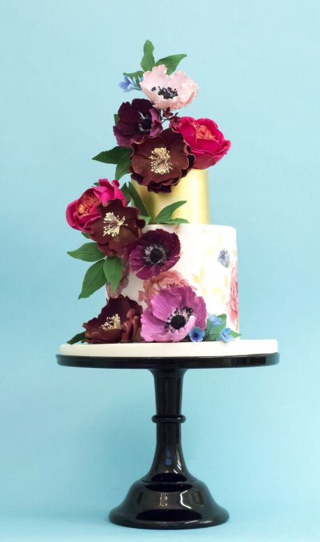cute small flower wedding cake