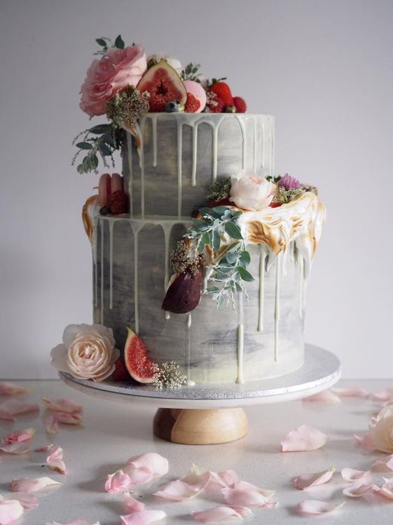 gradient gray wedding cake with fresh fruit
