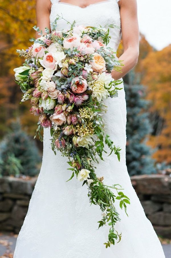 greenery and soft pink wedding bouquet