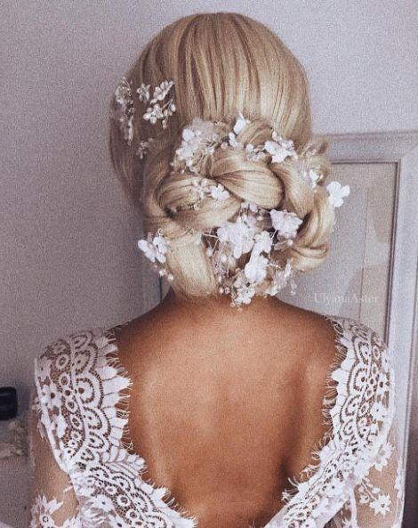 hair bun with hair-beaded