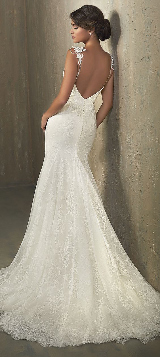 open back shoulder wedding dress