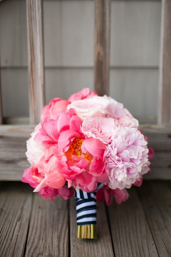 small pink wedding bouquet