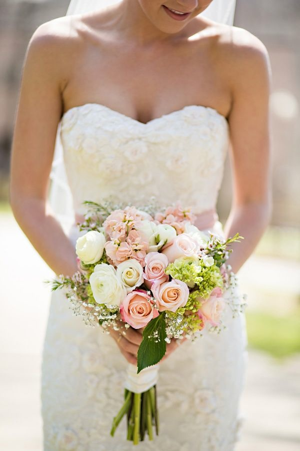 tulipe soft pink wedding bouquet