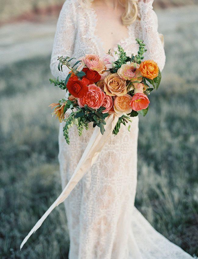 warm wedding bouquet concept