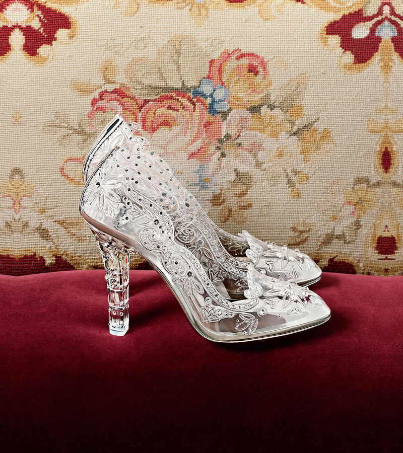 elegant glass slipper shoes