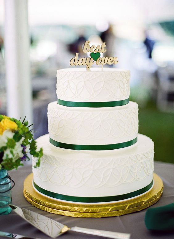 Emerald Gold Wedding Cake