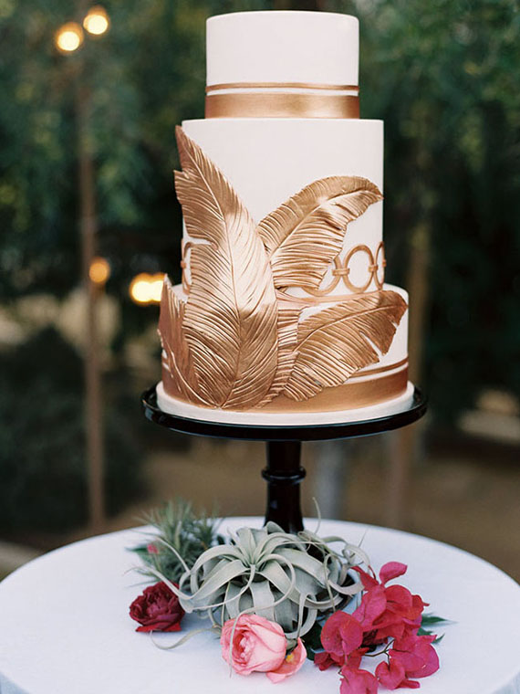 gold feather design for cake
