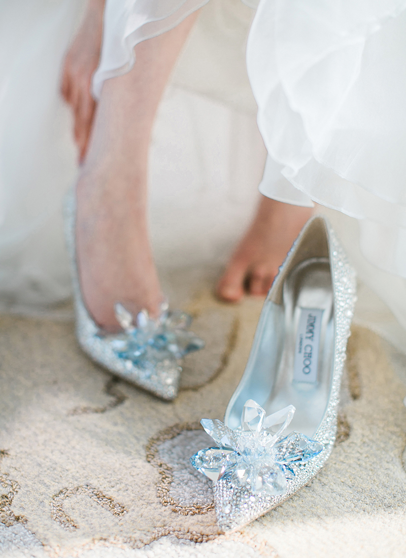 gorgeous cinderella wedding shoes